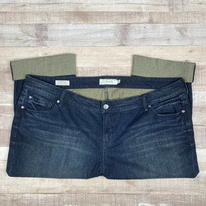 Torrid Womens Denim Boyfriend Capri Jeans Size 24